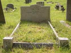Gordon-Campbell-grave.jpg